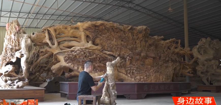 《身边故事》王良俊:我用树根雕刻五千年文化